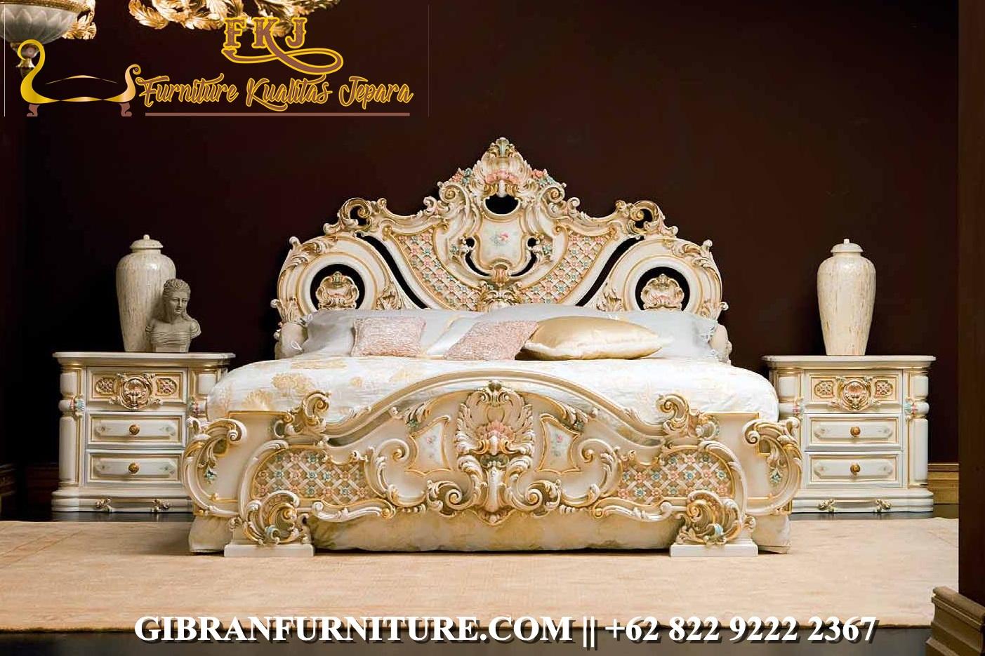 Tempat Tidur Full Ukiran Jepara Olympia